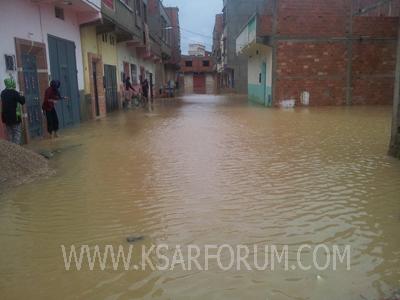 الفيضانات تغمر أحياء أولاد احميد و تضرر عدد من المنازل