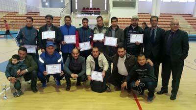 قاعة بلعباس تحتضن البطولة الجهوية في كرة القدم المصغرة للتعليم