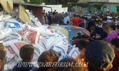 انقلاب شاحنة يلحق أضرارا بسيارة و سور ثكنة القوات المساعدة