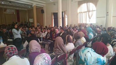 """مائدة مستديرة حول """"العلاقات التربوية داخل المؤسسة التعليمية"""" في اليوم الثالث لمهرجان المحمدية"""