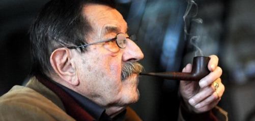 وفاة الكاتب الألماني المثير للجدل غونتر غراس