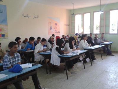 جمعية المبادرة تسهر على أسابيع الدعم التربوي لفائدة التلاميذ المقبلين على الإستحقاقات الجهوية بمدرسة عبد الله الشفشاوني.