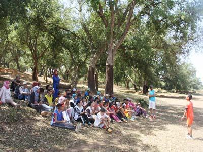 تلاميذ الطبري الاعدادية يبدعون في خرجة ترفيهية الى غابة غارسيا