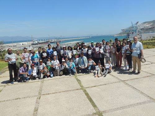 تلاميذ مؤسسة الهدى الخصوصية في زيارة دراسية  لميناء طنجة المتوسط