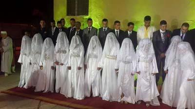 أكثر من 1300 متتبع لزف ثمانية وأربعون عريسا وعروسة  في زواج جماعي بالقصر الكبير