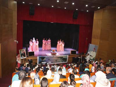 جمعية أمهات و أباء تلاميذ الثانوية المحمدية تحتفي بالتلاميذ المتفوقين