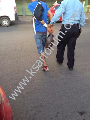 عاجل : توقيف عنصرين من عصابة كانت تعترض سبيل المارة هاجمت سيارة أجرة