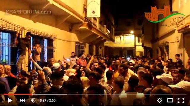 أجواء ليلة فرز الأصوات أمام مقر العدالة و التنمية