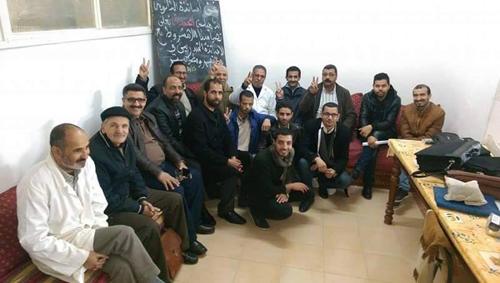 وقفة تضامنية مع الأساتذة المتدربين بالثانوية التأهيلية المحمدية بالقصر الكبير