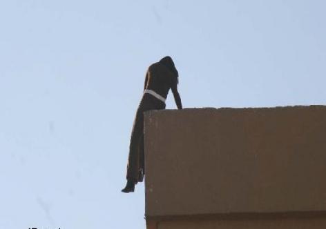 محاولة انتحار : أستاذة ترمي بنفسها من السطح بحي بنحدو