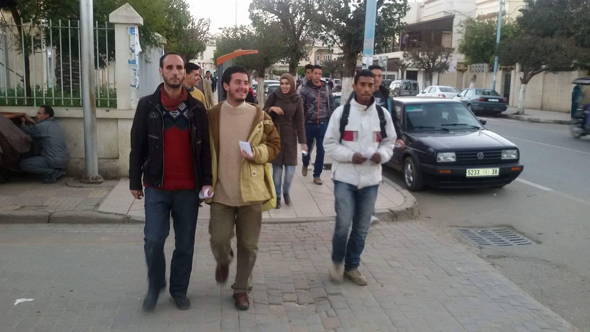 الجمعية الوطنية لحملة الشهادات المعطلين تحتج وسط المدينة