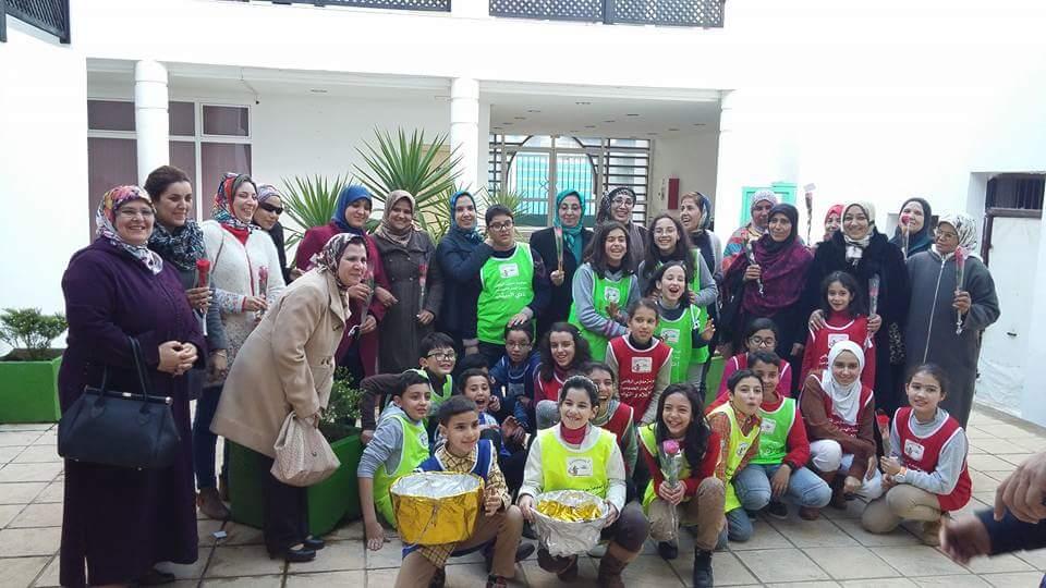 تلاميذ مؤسسة الهدى الخصوصية يشاركون المرأة القصرية عيدها العالمي