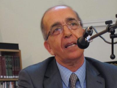 شهادة: الدكتور مصطفى يعلى أديب متمرس وإنسان أصيل