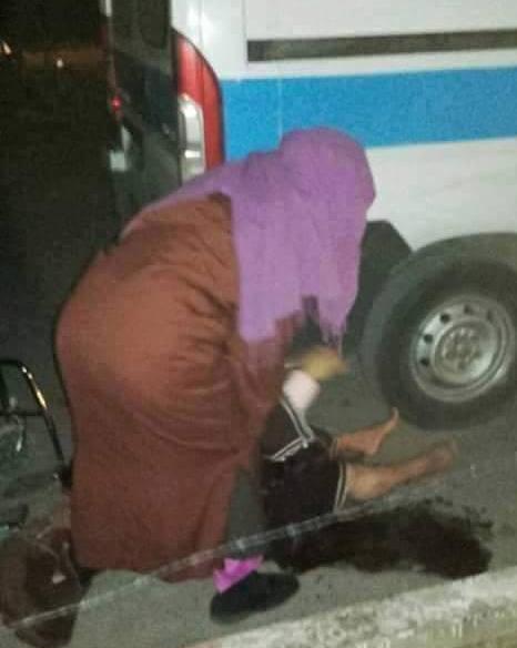 سيدة تضع مولودها في الشارع العام بحي بوشويكة