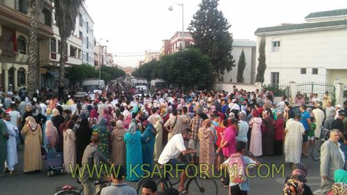 """جنازة التلميذ """" مروان """" تتحول إلى مسيرة احتجاجية للمطالبة بالأمن"""
