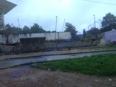 عاجل: انهيار سور مدرسة بوغالب الحسين السوسي بفعل الأمطار