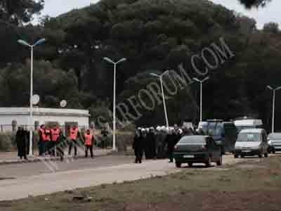 كلية العرائش : توقيف عدد من الطلبة في تدخل أمني ضد مسيرة طلابية