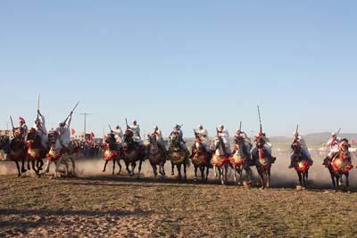 """اجواء احتفالية بمناسبة الإقصائيات المحلية لفن الفروسية التقليدية """" التبوريدة"""""""