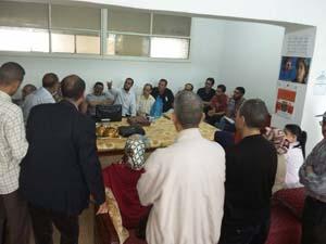 وقفة احتجاجية لأساتذة الثانوية المحمدية بالقصر الكبير