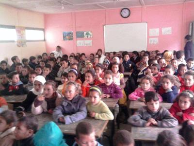 نيابة العرائش: تلاميذ مدرسة علال بن عبد الله بالقصر الكبير يئنون من وجع الاكتظاظ