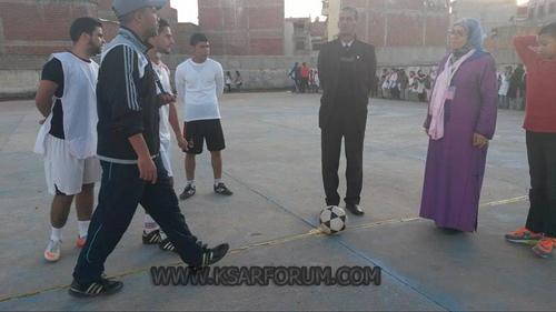 لوحات رياضية استعراضية رافقت افتتاح دوري أمومة لكرة القدم المصغرة