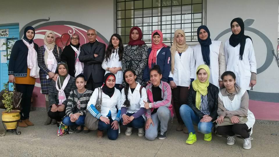 انطلاق الحملة التحسيسية حول مرض سرطان الثدي بإعدادية طارق بن زياد