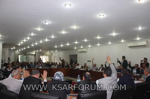 المجلس الجماعي يصادق على عدد من اتفاقيات الشراكة في أشغال الجلسة الأولى من دورة ماي
